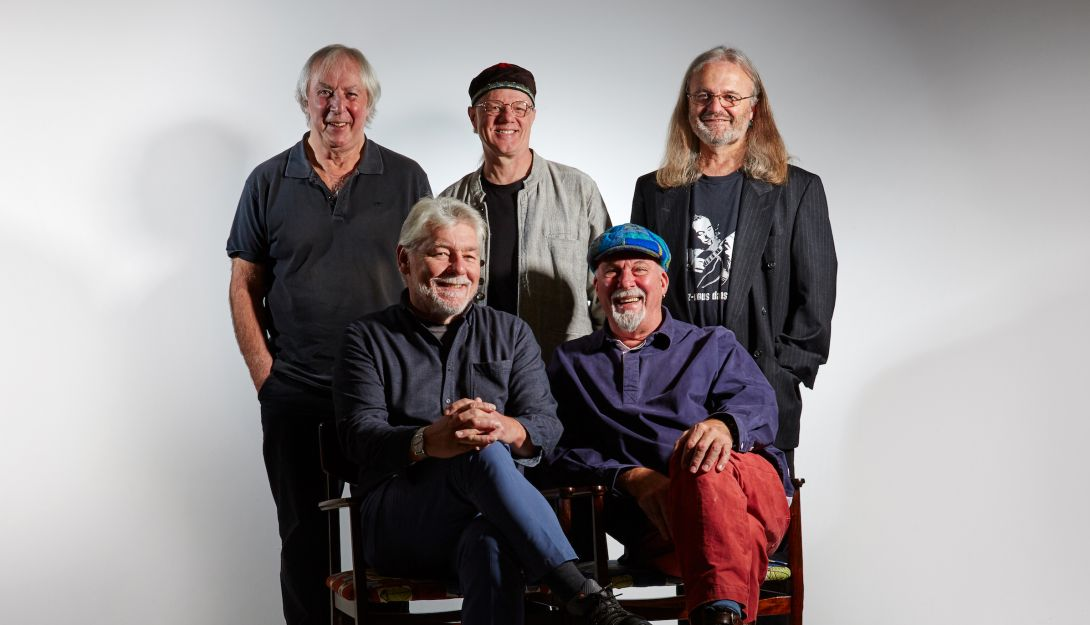 ZZ Fairport Convention