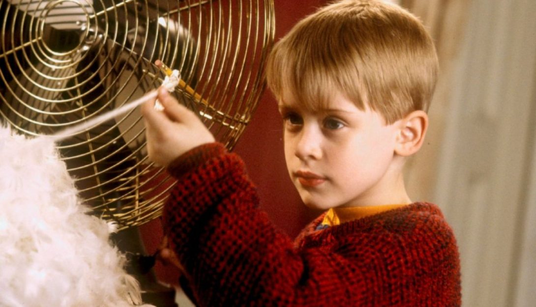 Home Alone (PG) (1990) 4
