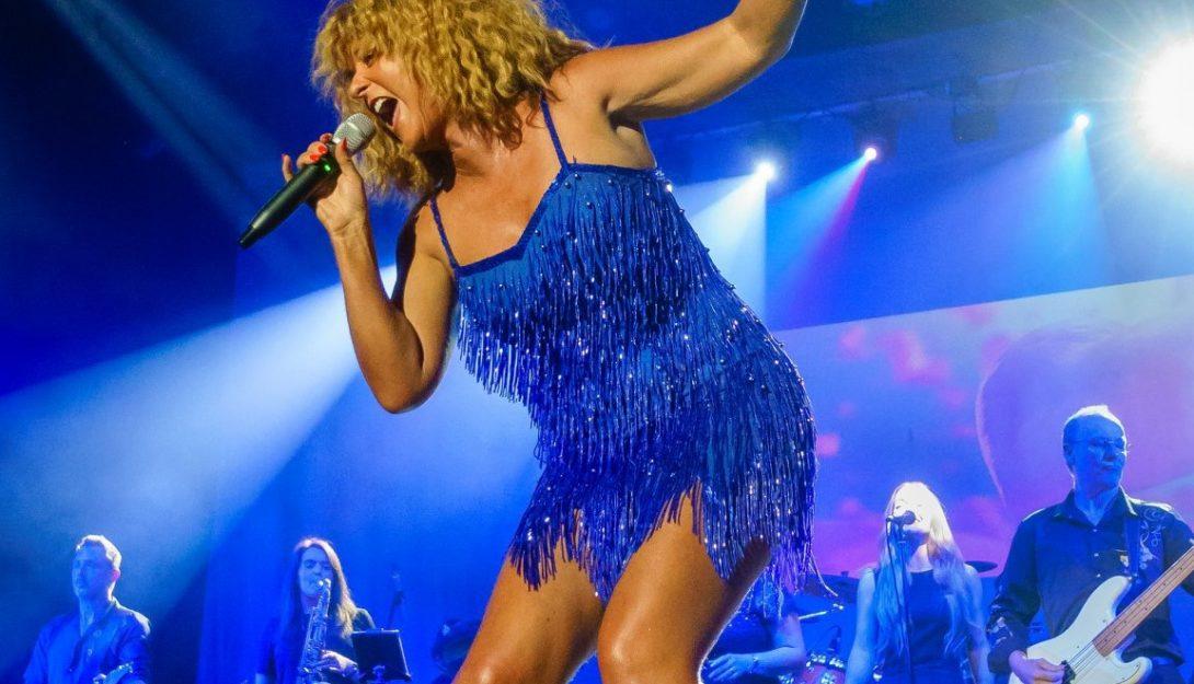 The Tina Turner Experience 1